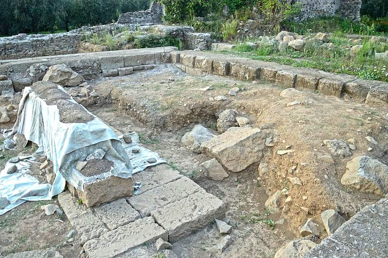 Weird Italy Rests-of-altar-and-temple-of-Temple-of-Diana-in-Nemi Ancient Pagan Temple of Diana, Nemi Featured Italian History Magazine What to see in Italy  temple of diana roman history pagan temple nemi trip nemi travel nemi Lazio Diana Nemorensis