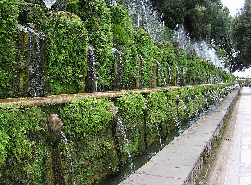 Weird Italy One.hundred.fountain.at_.villa_.deste_ The Gardens of Tivoli in Italy: Villa d'Este Italian History What to see in Italy  UNESCO Tivoli Renaissance Lucrezia Borgia Lazio Ippolito d'Este