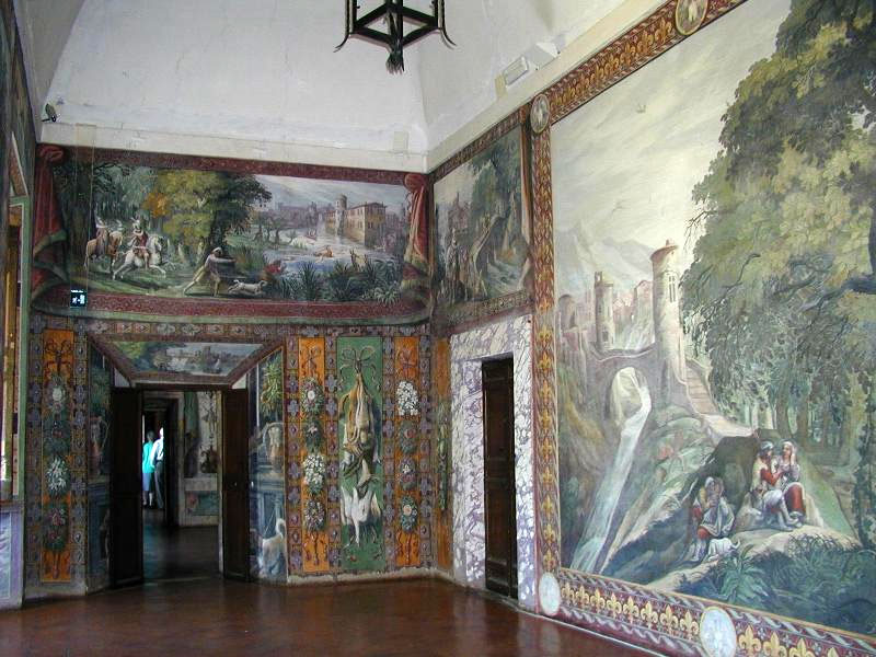 Weird Italy noble-apartment The Gardens of Tivoli in Italy: Villa d'Este Italian History What to see in Italy  UNESCO Tivoli Renaissance Lucrezia Borgia Lazio Ippolito d'Este