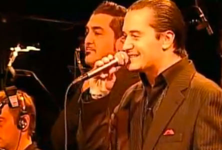 Weird Italy mondo-cane Mike Patton performing Mondo Cane Magazine Sounds&Music from Italy  mondo cane mike patton metropole orchestra italian pop music italian music gino paoli Fred Buscaglione ennio morricone