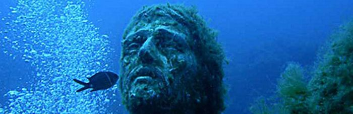 Weird Italy 004Cristodegliabissi Christ of the Abyss Magazine What to see in Italy  scuba diving San Fruttuoso Portofino liguria Guido Galletti Duilio Marcante diving Dario Gonzatti Christ of the Abyss christ Camogli