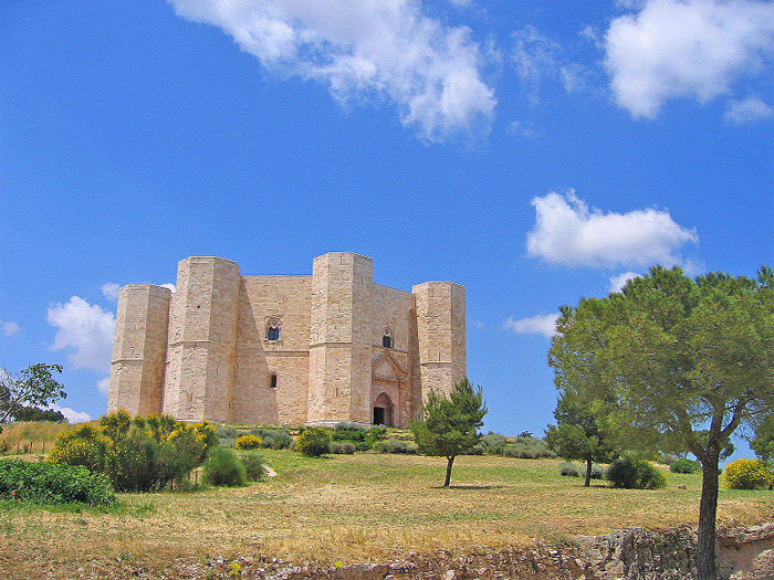 Weird Italy castel-del-monte-000 Castel del Monte, fortress of mysteries Featured Italian History Magazine What to see in Italy  UNESCO puglia military architecture Frederick II castle castel del monte architecture apulia