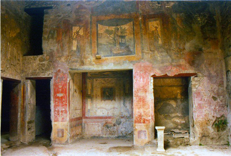 Weird Italy Villa-of-Ara-Massima 30 Amazing pictures of Pompeii Featured Italian History Magazine What to see in Italy  romans Pompeii Pliny the Younger Pliny the Elder Mount Vesuvius Imperial Rome Herculaneum graffiti erotic graffiti campania 79 AD