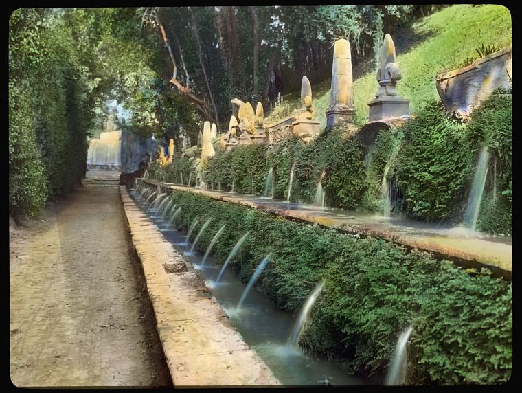 The Gardens of Tivoli in Italy: Villa d\'Este - Weird Italy