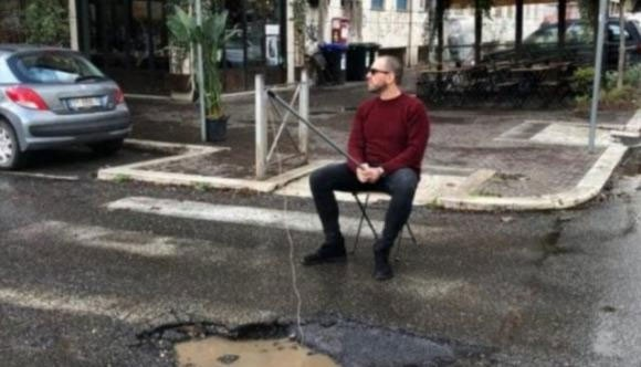 Weird Italy Rome-broken-pavement A secret organization fixing Rome's broken pavement illegally Latest Italian News and Videos  rome
