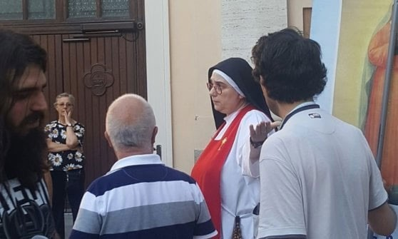 Weird Italy nun-against-fascism Italian Fascist Party organizes Prayer of reparation, local nun send them away from the churchyard Italian People Latest Italian News and Videos  Monza fascism