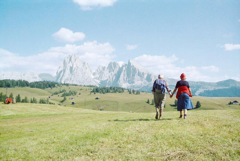 Weird Italy Luigi-Ghirri-Alpe-di-Siusi-1979 'Memoria e Passione', Masterpieces of photography of Italy on display in Turin Italian Art, Design & Photography  photography