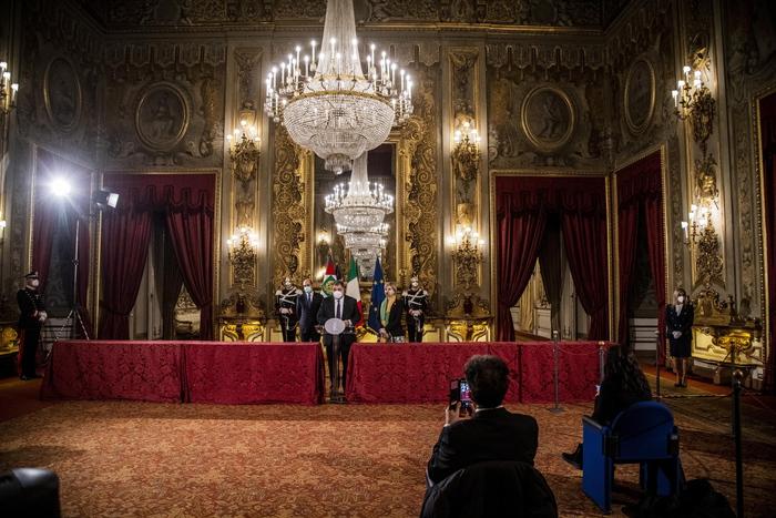 Weird Italy mattarella-holds-third-day-of-crisis-consultations Mattarella holds third day of crisis consultations What happened in Italy today