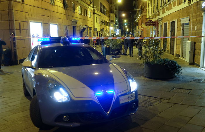 Weird Italy 11-arrested-for-serial-thefts-in-rome-shops-home 11 arrested for serial thefts in Rome shops, home What happened in Italy today