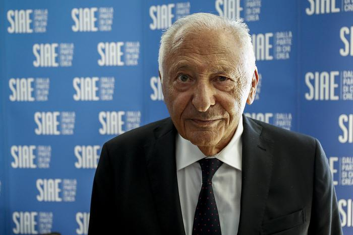 Weird Italy 2020-dark-year-for-entertainment-sector-siae 2020 'dark year' for entertainment sector - SIAE What happened in Italy today