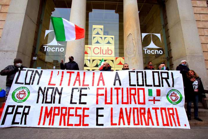 Weird Italy 444000-jobs-lost-in-dec-over-yr-istat 444,000 jobs lost in Dec over yr - ISTAT What happened in Italy today