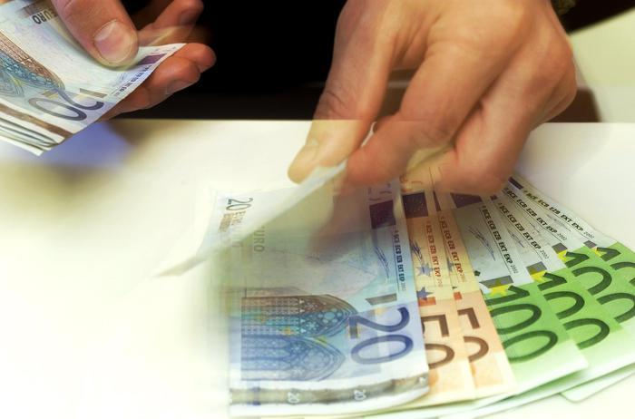 Weird Italy bank-deposits-rise-11-in-dec-boi Bank deposits rise 11% in Dec - BoI What happened in Italy today
