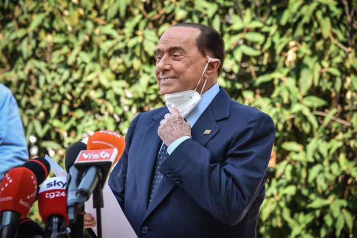 Weird Italy choosing-draghi-was-direction-we-called-for-berlusconi Choosing Draghi was direction we called for - Berlusconi What happened in Italy today