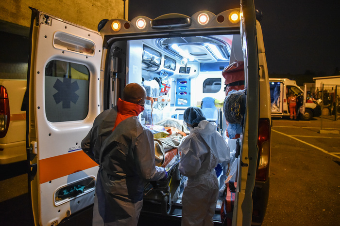 Weird Italy covid-new-cases-surge-to-16424-318-more-victims COVID: New cases surge to 16,424, 318 more victims What happened in Italy today
