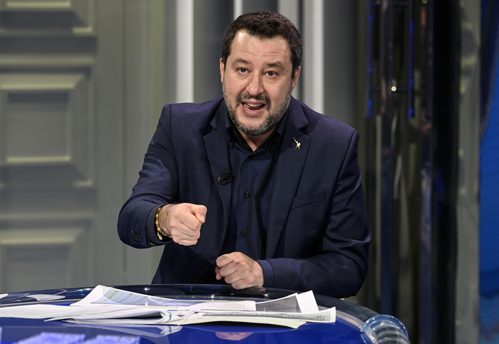 Weird Italy draghi-lets-put-rows-aside-work-together-says-salvini Draghi: Let's put rows aside, work together says Salvini What happened in Italy today