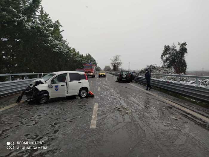 Weird Italy girl-3-1-2-dies-after-car-crash Girl, 3 1/2, dies after car crash What happened in Italy today