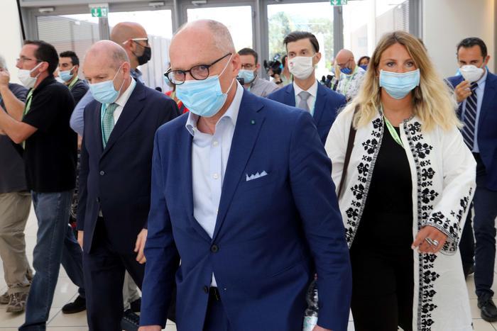 Weird Italy health-ministry-advisor-ricciardi-calls-for-new-lockdown Health ministry advisor Ricciardi calls for new lockdown What happened in Italy today