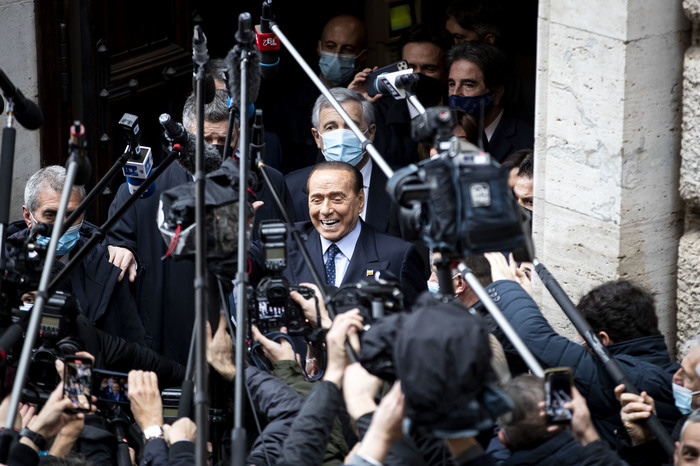 Weird Italy i-told-draghi-he-should-decide-independently-berlusconi I told Draghi he should decide 'independently' - Berlusconi What happened in Italy today