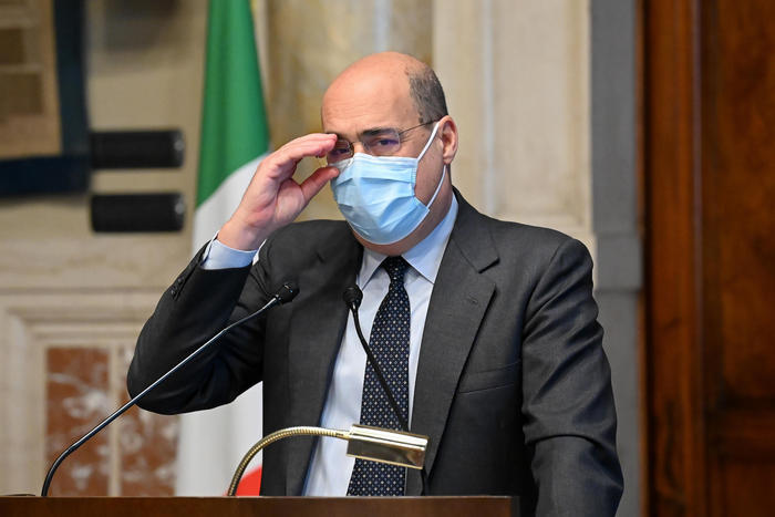 Weird Italy m5s-pd-leu-form-new-inter-group M5S, PD, LeU form new 'inter-group' What happened in Italy today