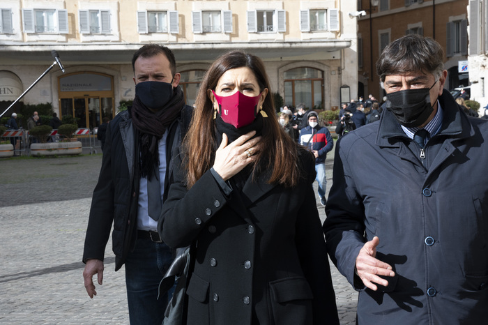Weird Italy man-gets-six-month-term-for-threatening-boldrini-online Man gets six-month term for threatening Boldrini online What happened in Italy today