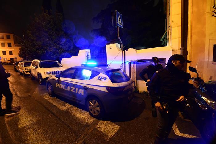 Weird Italy man-kills-wife-in-jealous-fit Man kills wife in jealous fit What happened in Italy today