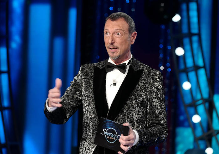 Weird Italy sanremo-fest-wont-have-audience-rai Sanremo fest won't have audience - RAI What happened in Italy today