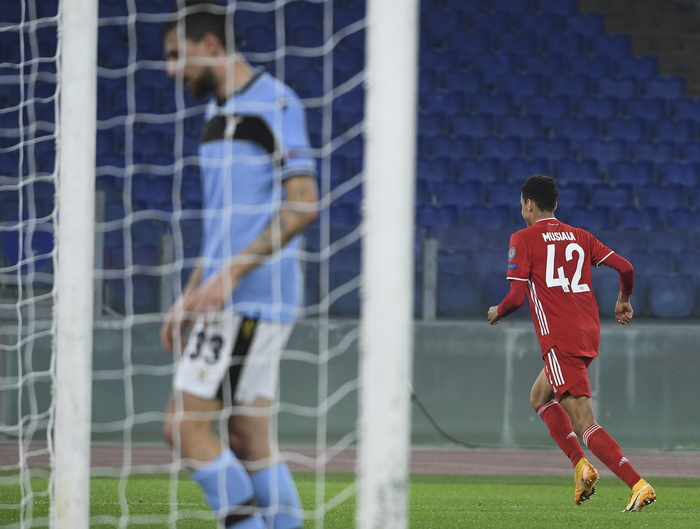 Weird Italy soccer-lazio-put-to-the-sword-by-bayern Soccer: Lazio put to the sword by Bayern What happened in Italy today