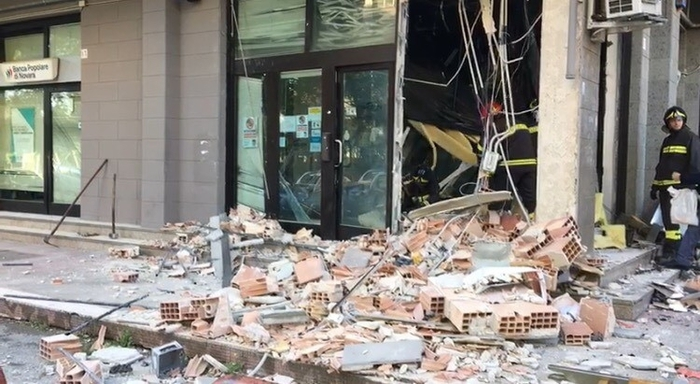 Weird Italy atm-bombing-gang-busted ATM bombing gang busted What happened in Italy today