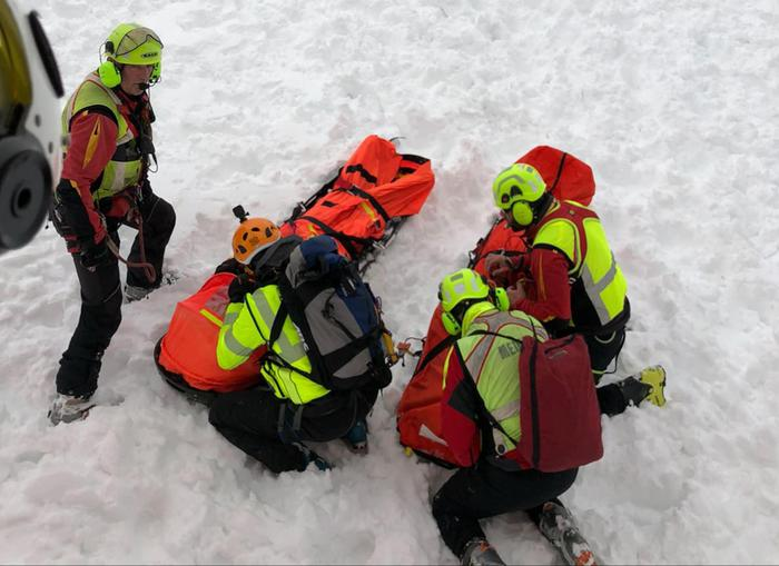 Weird Italy skier-killed-by-avalanche-in-val-daosta Skier killed by avalanche in Val d'Aosta What happened in Italy today