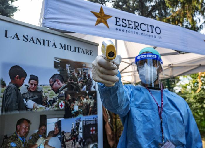 Weird Italy trial-of-army-run-drive-in-vaccination-centre-starts Trial of Army-run drive-in vaccination centre starts What happened in Italy today