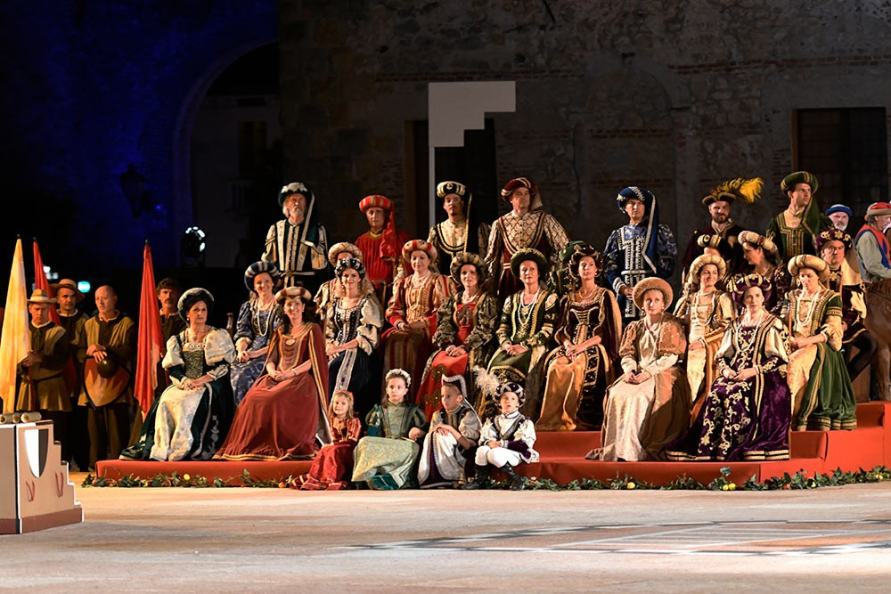 Weird Italy The-Human-Chess-of-Marostica-009 The Human Chess of Marostica, Italy Featured Italian History What to see in Italy  veneto chess