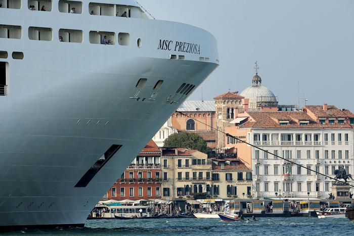 Weird Italy cruise-ships-stopped-from-landing-in-venice-definitively Cruise ships stopped from landing in Venice 'definitively' What happened in Italy today