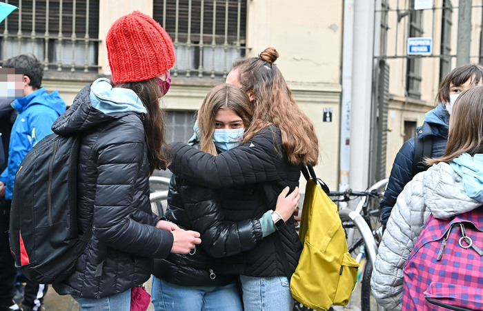 Weird Italy student-blindfolded-to-stop-her-cheating-on-test Cover Page