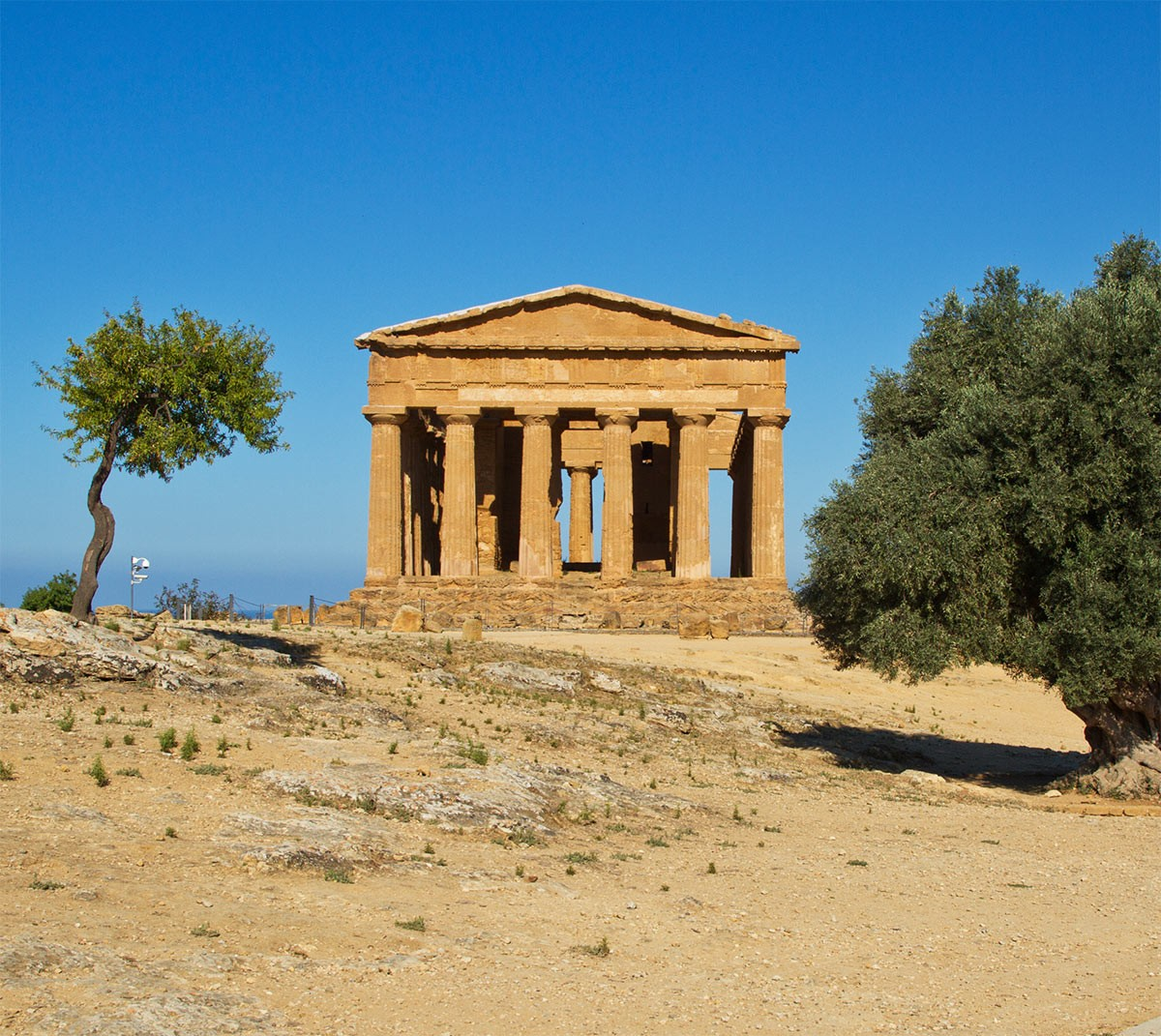 Weird Italy valley-of-the-temples-title-2 The Valley of the Temples in Sicily, Facts, History & Pictures Featured Italian History What to see in Italy  sicily romans pagan temple Magna Graecia greeks